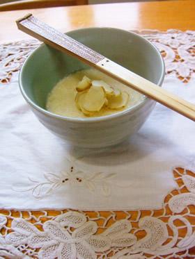 きびのお粥ときびのホワイトクリーム風スープの2品