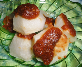 ゴマ酢味噌で小芋の味噌焦がし