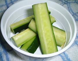 胡瓜のピクルス